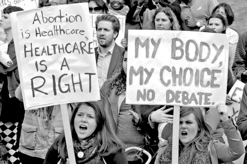 a history of abortion in ireland and the pro choice and pro life side of the issue