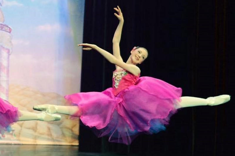 Fundraiser by Lily Mangiaruga : Lily's ballet intensive at