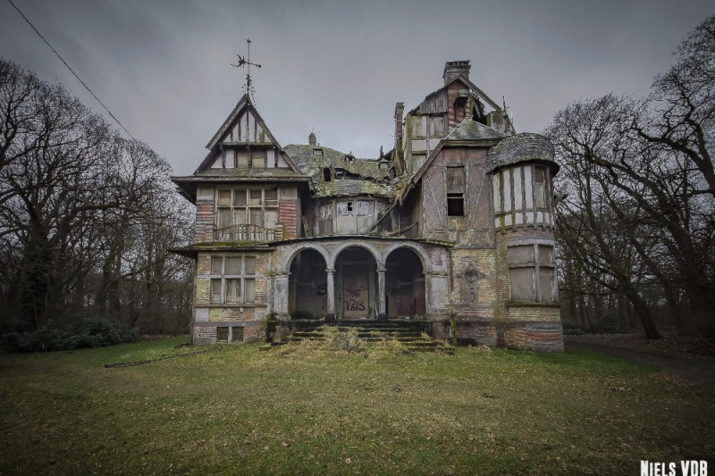 Fundraiser By Niels Van Der Borght Exploring Abandoned Places Europe