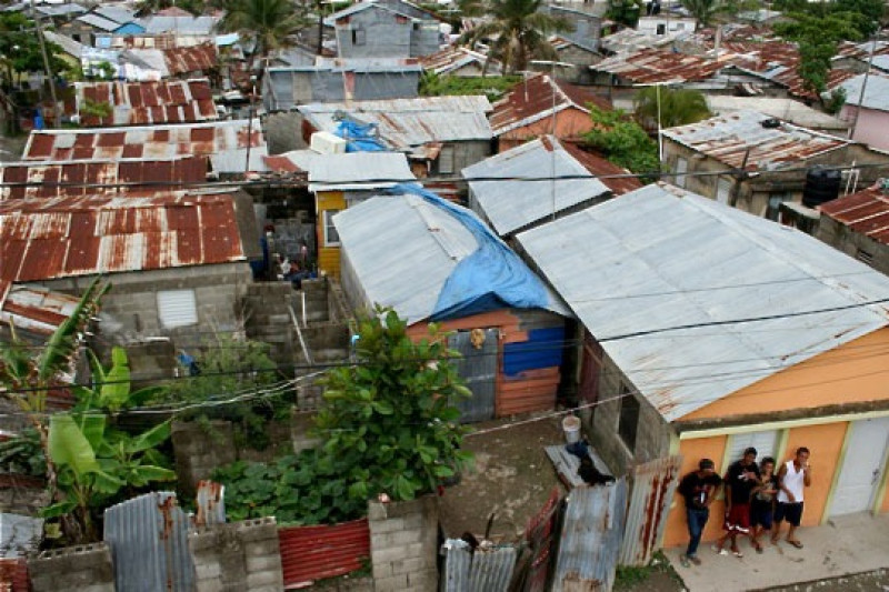 poverty in the dominican republic Dominican republic (mnn) — the world bank board of executive directors last week approved a new project for the dominican republic worth us$75 million it's supposed to usher in a new social/poverty reduction program.