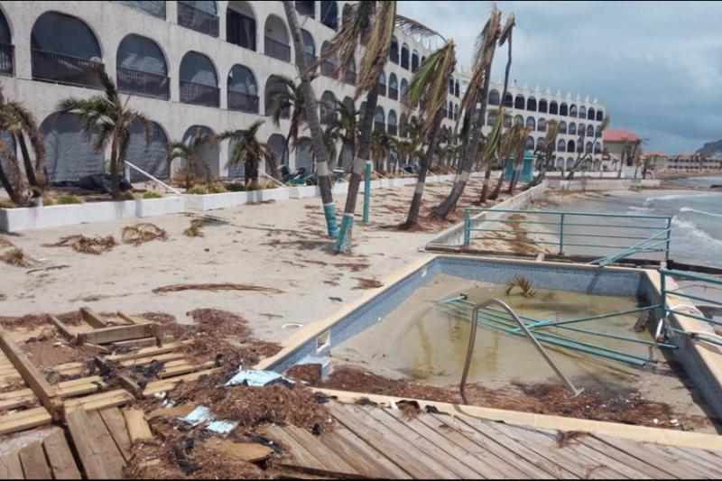 Ritz Carlton Beach Resort