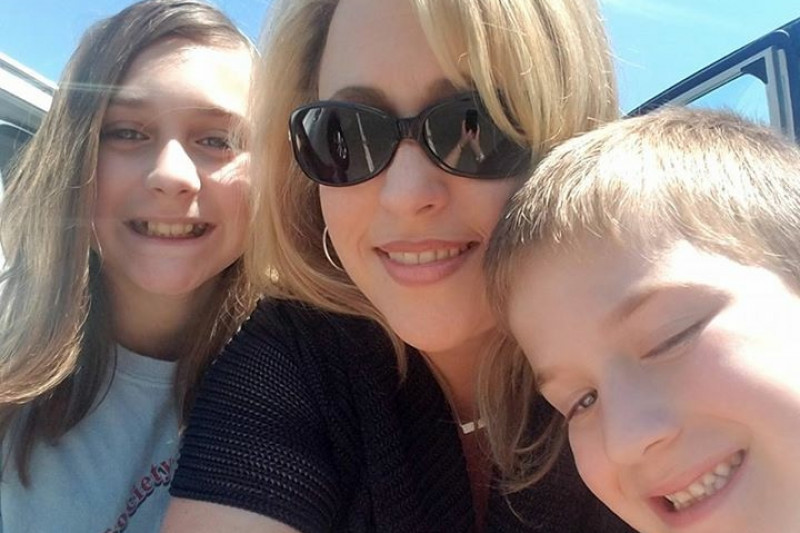 Fundraiser for Jill Yanni by Valerie Stellate Luisi : Single Mom