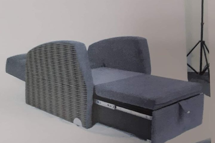 Awe Inspiring Fundraiser By Cynthia Ryan Chairs That Turn Into Beds For Short Links Chair Design For Home Short Linksinfo
